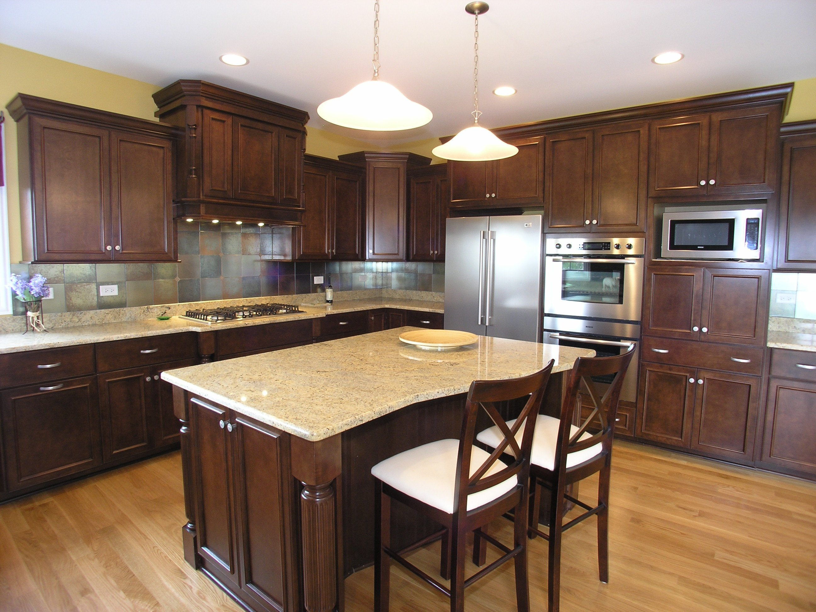 051 Granite Kashmir White Kitchen Dark Cabinets Stone Island Neutral